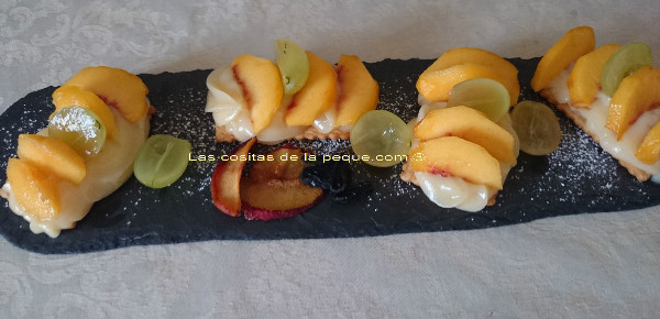MINI TARTITAS LIGHT DE CREMA Y FRUTAS CON THERMOMIX