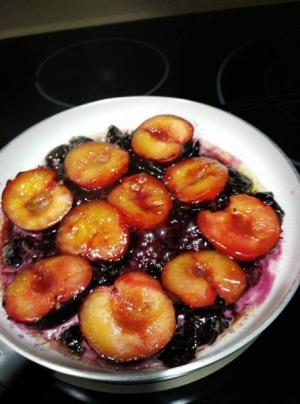 receta TARTA TATIN DE CIRUELAS