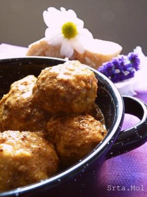 receta Albondigas en salsa de almendras